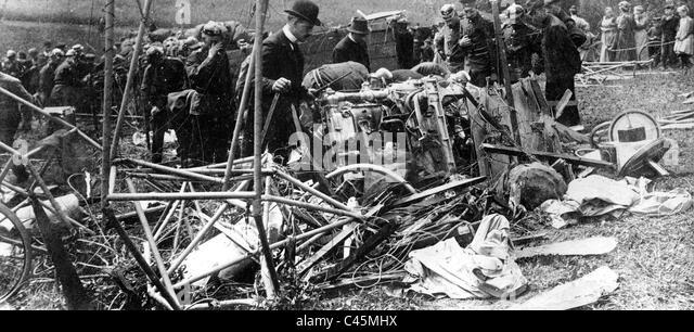 Disaster of the dirigible balloon 'Erbsloeh', 1909 - Stock-Bilder