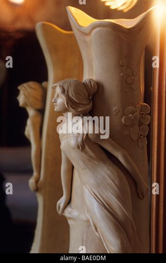 Perrier jouet stock photos perrier jouet stock images for Antieke bouwmaterialen maison belle epoque