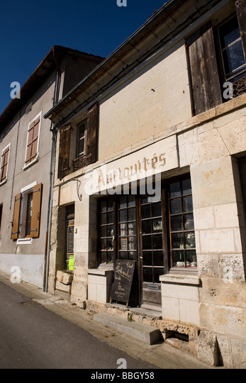 An Antique shop in Aubeterre sur Dronne Charente France - Stock Image