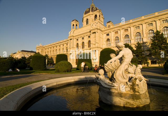 Museum of Fine Arts at Maria Teresa Platz, Vienna, Austria, Europe - Stock Image