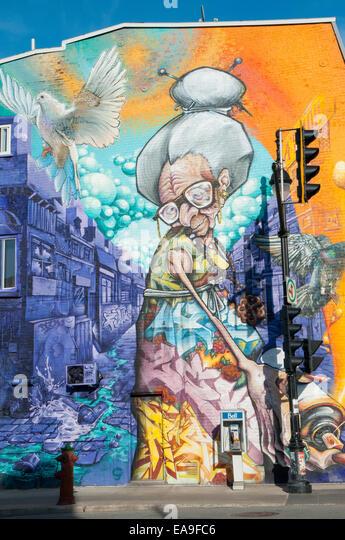 Mural On Pine Avenue Corner of Boulevard Saint Laurent Montreal - Stock Image
