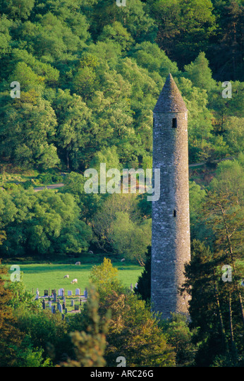 Christian ruins from 10th to 12th centuries, Glendalough, Wicklow Mountains, County Wicklow, Leinster, Republic - Stock-Bilder