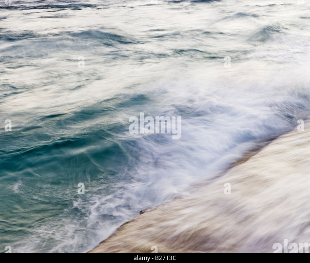 Blurred motion shot of ocean waves - Stock Image