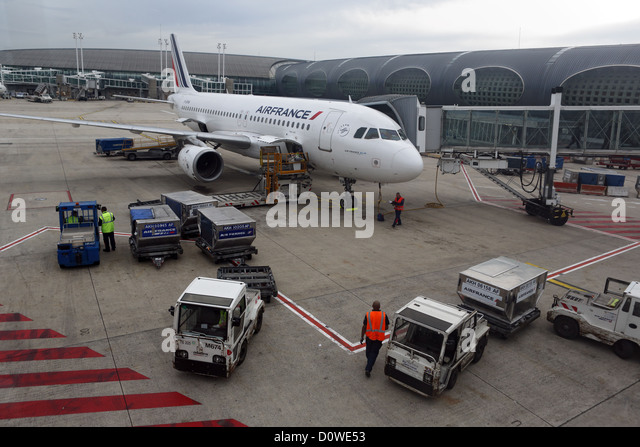 charles de gaulle airport stock photos charles de gaulle airport stock images alamy. Black Bedroom Furniture Sets. Home Design Ideas