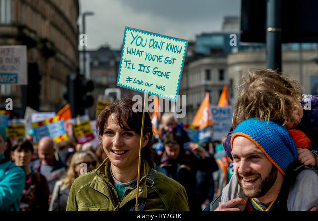 Leeds, UK. 1st April, 2017. Approximately a 1000 campaigners fighting to save the NHS attended a march & rally - Stock Image