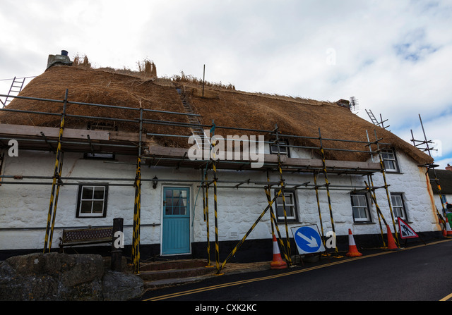 Straw Thatched Roof Stock Photos Amp Straw Thatched Roof