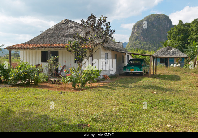 A old house in the Valle de Viñales in central Cuba - Stock Image