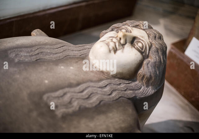 Phoenician Ionian-type Anthropoid sarcophagus, made of marble, from Palestine, and dating to the 3rd quarter of - Stock-Bilder