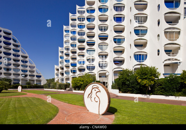 France, Herault, La Grande Motte, heritage of the 20th century, outside arrangement of the sculptor Albert Marchais - Stock Image