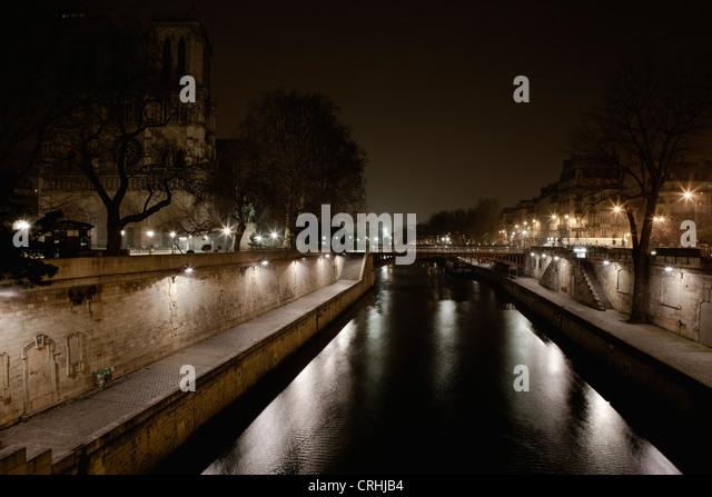 Seine river by night, Paris, France - Stock-Bilder