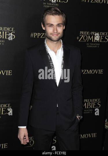 Los Angeles, CA, USA. 21st Jan, 2016. Douglas Booth at arrivals for PRIDE AND PREJUDICE AND ZOMBIES, Harmony Gold - Stock Image