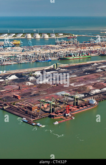 The Netherlands, Rotterdam, Port. Container, ore and oil storage. Aerial. - Stock-Bilder