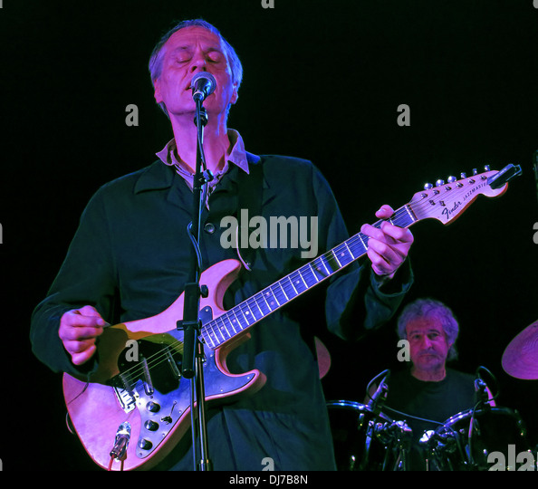 New York based Television, live at the Manchester Academy November 17th 2013 - Tom Verlaine with Fender jazzmaster - Stock Image