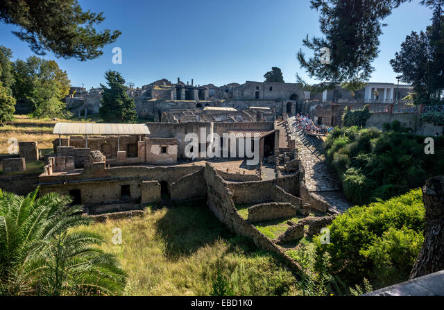 The abandoned ancient city of Pompeii, in the Bay of Naples. - Stock Image