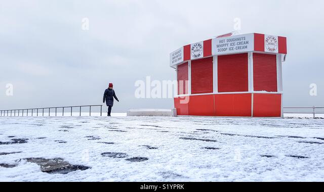 Early morning walk in winter - Stock Image