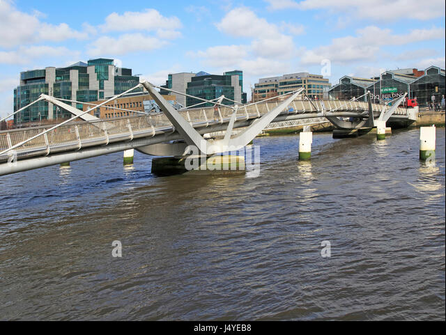 Sean O'Casey bridge crossing River Liffey, Dublin Docklands, Ireland, architect Cyril O'Neill and O'Connor - Stock Image