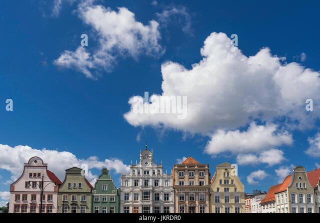 new market, gabled houses, Giebelhaeuser, Rostock , Mecklenburg-Vorpommern, East Germany - Stock Image