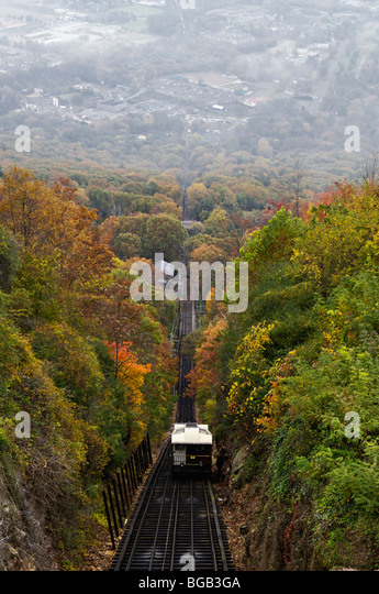 Lookout Mountain Incline Railway and Autumn Color in Chattanooga, Tennessee - Stock Image