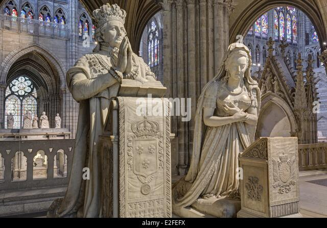 cathedral basilica of saint denis stock photos cathedral basilica of saint denis stock images. Black Bedroom Furniture Sets. Home Design Ideas