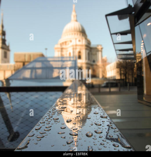 United Kingdom, London, View of St Pauls Cathedral - Stock Image