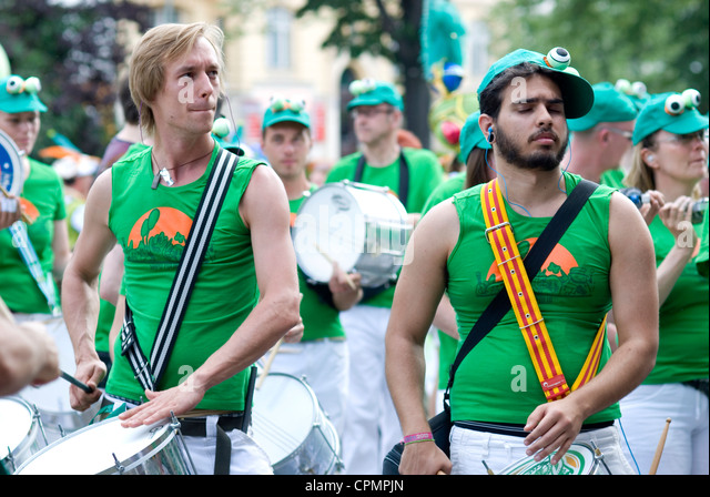 Karneval der Kulturen, Berlin 2012 Samba - Stock-Bilder