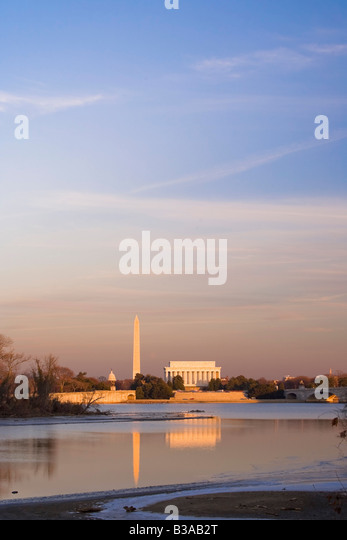 Potomac River, Licoln Memorial and Washington Monument, Washington DC, USA - Stock Image