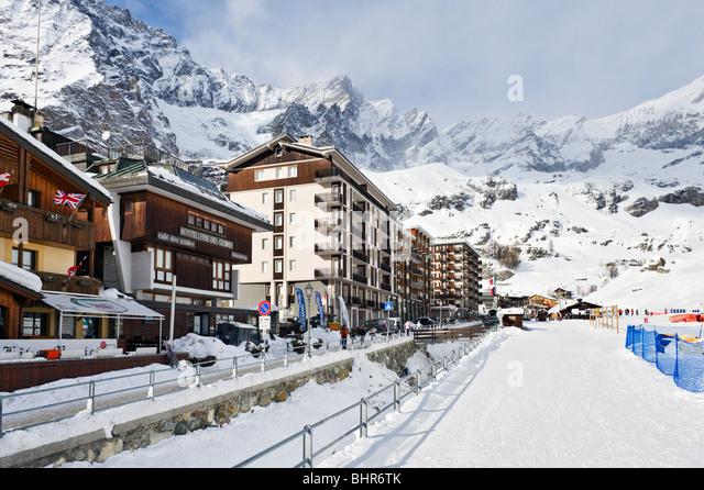 Hotel Foyer Aosta : Aosta town stock photos images alamy