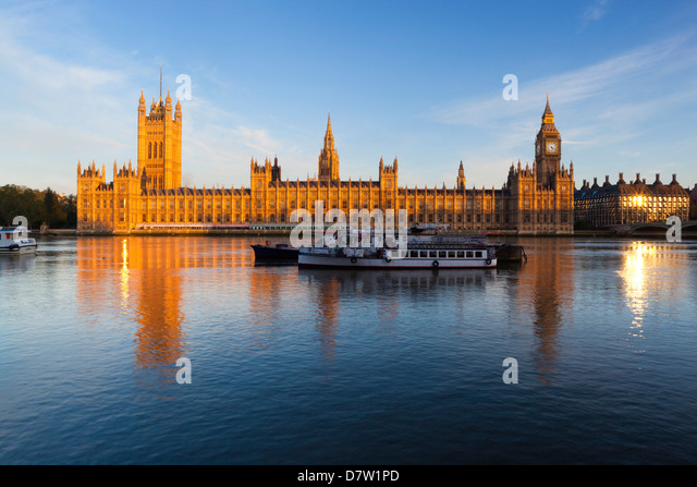 Houses of Parliament and River Thames, Westminster, London, England, United Kingdom - Stock-Bilder