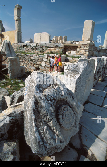 Turkey Selcuk Ephesus Marble Street ruins of Greco Roman city BC320 near Library of Celsus - Stock Image