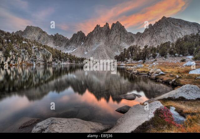 USA, California, Sierra Nevada Range, Evening reflections of Kearsarge Pinnacles - Stock Image