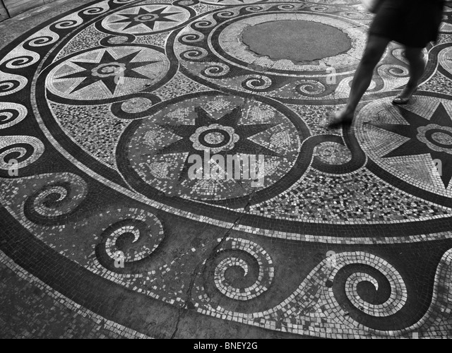 Parisian black and white stock photos images alamy for 1 2 3 4 monsters walking across the floor