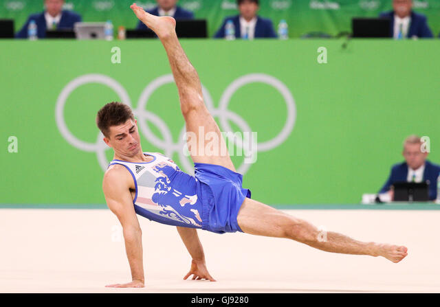 Rio De Janeiro, Brazil. 14th Aug, 2016. Max Whitlock of Great Britain competes during the men's floor exercise - Stock-Bilder
