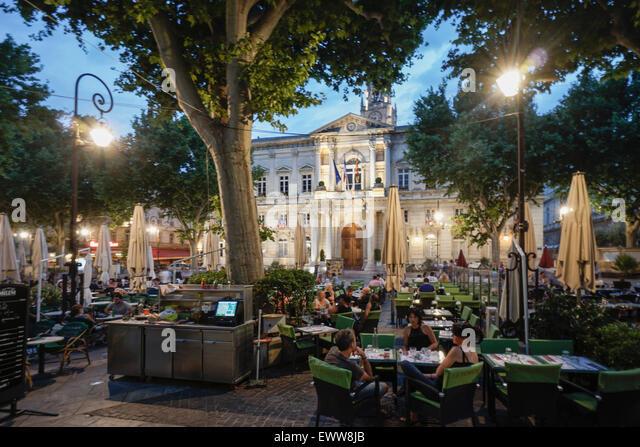 Hotel de Ville, Street Cafes, Place de la Horloge,  Avignon, Bouche du Rhone, France - Stock Image