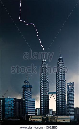 Lightning Striking Petronas Twin Towers - Stock Image