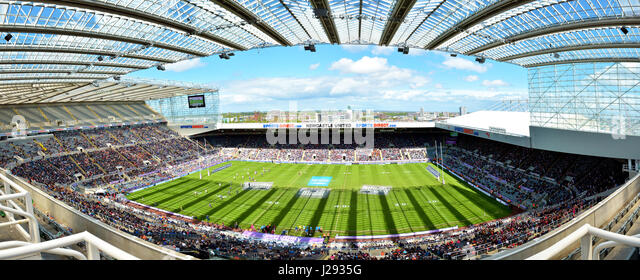 UK Rugby Football League - Dacia Magic Weekend at St James Park Newcastle - Super League (Europe) - Stock Image
