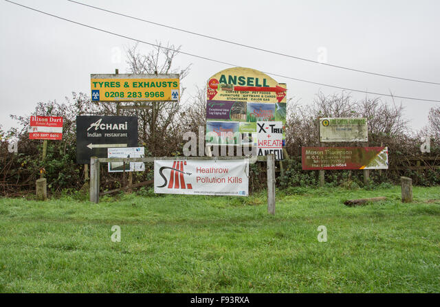 Heathrow Pollution Kills sign near Sipson an ancient village threatened with destruction due to Heathrow Airport - Stock Image