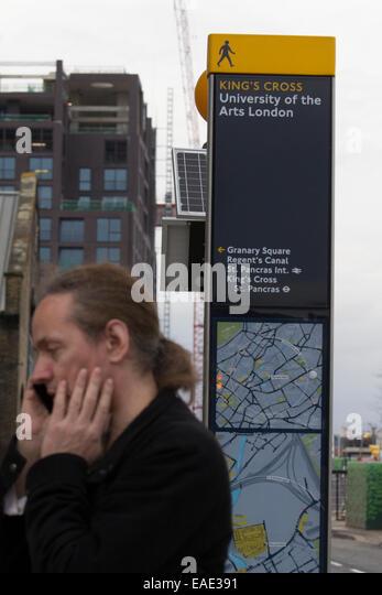 Kings Cross the University of the arts London sign - Stock-Bilder