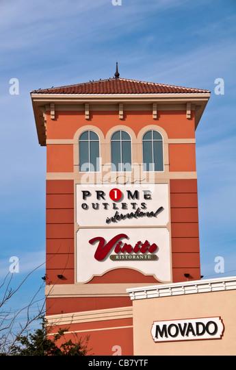 Premium Outlet shopping mall on International Drive, Orlando Florida - Stock Image