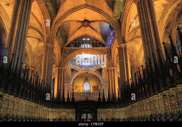 Barcelona cathedral stock photos barcelona cathedral for Catedral de barcelona interior