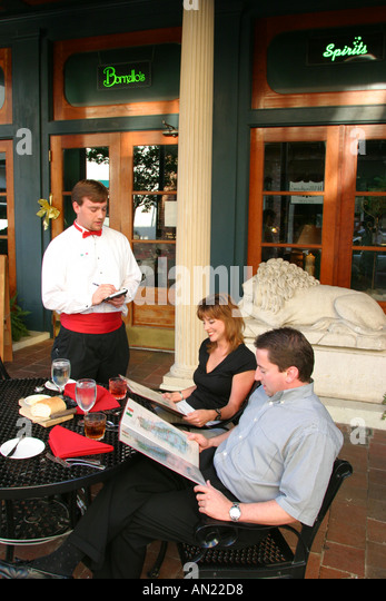 Mississippi Vicksburg Washington Street alfresco dining - Stock Image