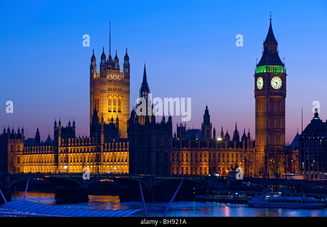 Big Ben and Houses of Parliament at night from the south bank of the Thames, London, England, Europe - Stock Image