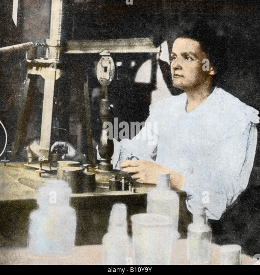 Marie Curie 1867 - 1934 Polish French physicist in her laboratory. With her husband Pierre she isolated the radioactive - Stock Image