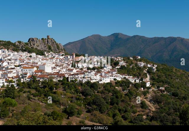 White Village Gaucin, Serrania de Ronda, Andalucia, Spain. Inland  from the Costa del Sol - Stock Image