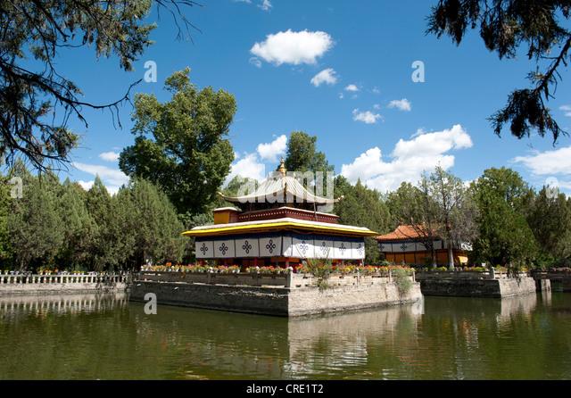 buddhist single men in pinellas park 2014 florida buddhist summer camp june 19 – 22, 2014 orlando, fl camp spiritual leader: ven ming kuang instructors ven ming kuang abbot, dahsiung buddhist temple, taiwan.