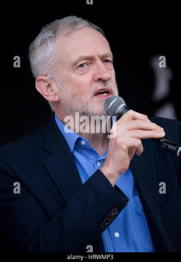 Labour leader,Jeremy Corbyn,addresses nurses,junior doctors and health workers at a rally in Parliament Square against - Stock Image