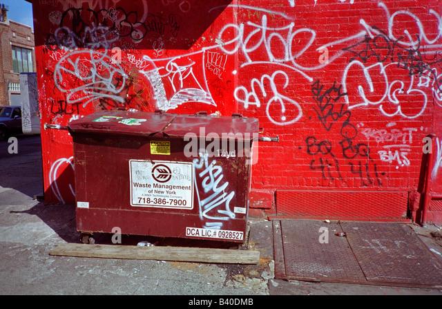 Dumpster stock photos amp dumpster stock images alamy