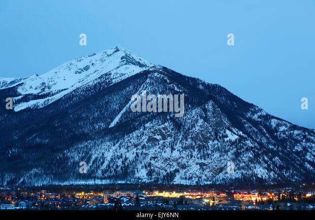 Ten Mile Peak (aka Peak 1) and town of Frisco, Colorado USA - Stock-Bilder
