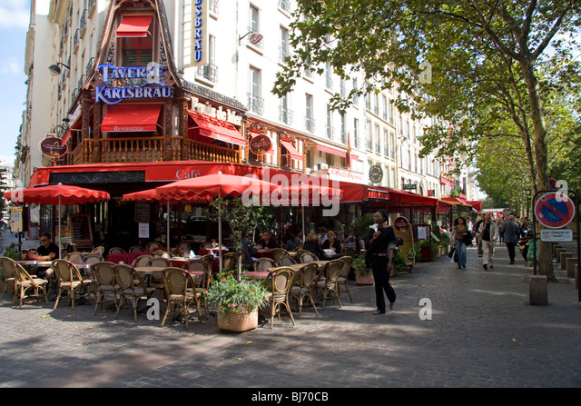 Street Food Near Les Halles Paris