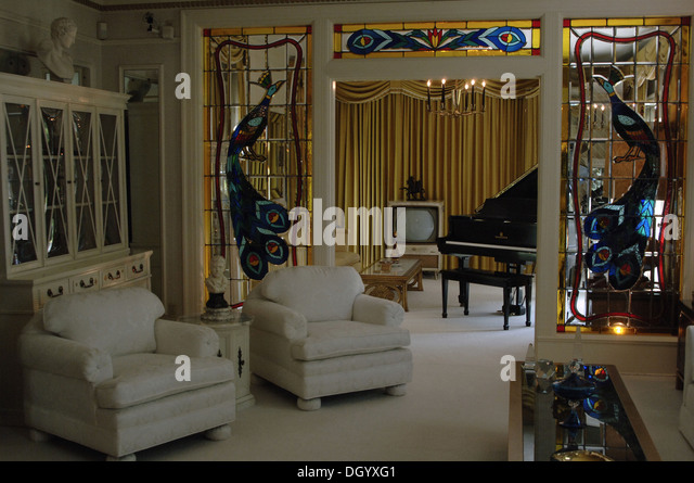 Tennessee. Memphis. Graceland Mansion to Elvis Presley (1935-1977). Inside. USA. - Stock Image