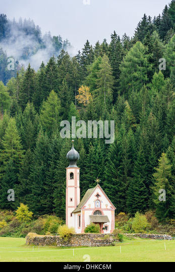 St. Johann (San Giovanni in Italian) chapel in Val di Funes in the Dolomites in northern Italy - Stock Image